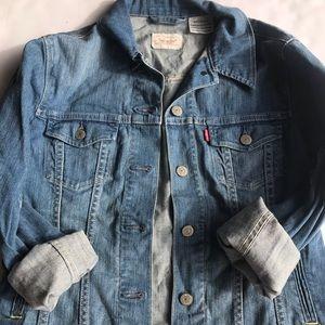 Levi's Women's Vintage Denim Trucker Jacket Sz M